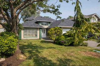 Photo 1: 6223 CRESCENT Place in Delta: Holly House for sale (Ladner)  : MLS®# R2495953