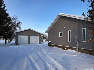 Photo 3: 1111 99th Avenue in Tisdale: Residential for sale : MLS®# SK833865