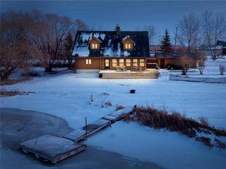 Photo 2: 18 Sunrise Drive in Gimli Rm: Siglavik Residential for sale (R26)  : MLS®# 202028746