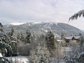 Main Photo: Excellent Views easy walk to Village