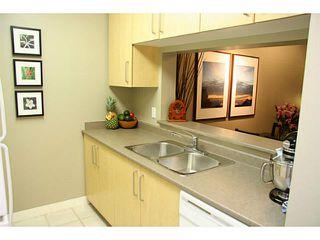 """Photo 6: 708 5380 OBEN Street in Vancouver: Collingwood VE Condo for sale in """"URBA"""" (Vancouver East)  : MLS®# V954538"""