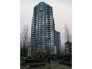 """Photo 1: 708 5380 OBEN Street in Vancouver: Collingwood VE Condo for sale in """"URBA"""" (Vancouver East)  : MLS®# V954538"""