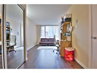 "Photo 9: 1403 1212 HOWE Street in Vancouver: Downtown VW Condo for sale in ""1212 Howe"" (Vancouver West)  : MLS®# V1000365"