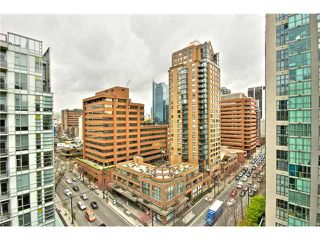 "Photo 10: 1403 1212 HOWE Street in Vancouver: Downtown VW Condo for sale in ""1212 Howe"" (Vancouver West)  : MLS®# V1000365"