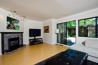 "Photo 3: # 27 11391 7TH AV in Richmond: Steveston Villlage Townhouse for sale in ""MARINERS VILLAGE"" : MLS®# V1006084"