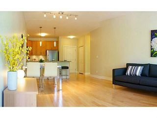 "Photo 1: 109 5788 BIRNEY Avenue in Vancouver: University VW Condo for sale in ""KEENLEYSIDE, UBC"" (Vancouver West)  : MLS®# V1006577"