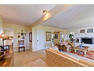 Photo 4: VISTA House for sale : 3 bedrooms : 691 Ora Avo Drive