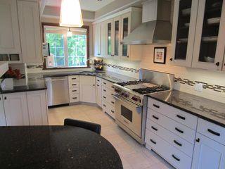 Photo 2: 742 Kildonan Drive in WINNIPEG: East Kildonan Residential for sale (North East Winnipeg)  : MLS®# 1311916