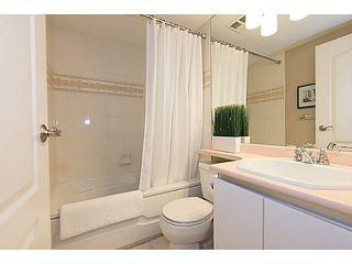 "Photo 11: # 401 868 W 16TH AV in Vancouver: Cambie Condo for sale in ""WILLOW SPRINGS"" (Vancouver West)  : MLS®# V1022527"