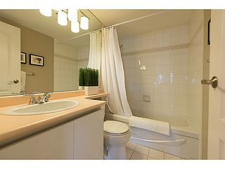 "Photo 14: # 401 868 W 16TH AV in Vancouver: Cambie Condo for sale in ""WILLOW SPRINGS"" (Vancouver West)  : MLS®# V1022527"