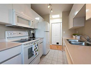 "Photo 8: # 401 868 W 16TH AV in Vancouver: Cambie Condo for sale in ""WILLOW SPRINGS"" (Vancouver West)  : MLS®# V1022527"