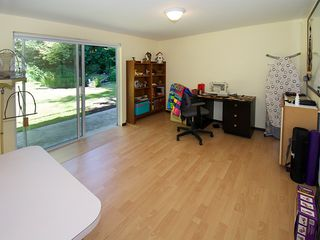 """Photo 17: 1026 PACIFIC Place in Tsawwassen: English Bluff House for sale in """"THE VILLAGE"""" : MLS®# V1075531"""