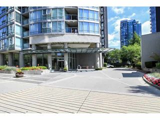 "Photo 2: 2902 1438 RICHARDS Street in Vancouver: Yaletown Condo for sale in ""AZURA 1"" (Vancouver West)  : MLS®# V1079696"