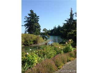 Photo 2: 85 2600 ferguson Rd in SAANICHTON: CS Turgoose Row/Townhouse for sale (Central Saanich)  : MLS®# 680396