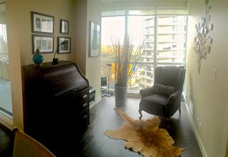 Photo 9: Steps to the river valley: Edmonton Condo for sale : MLS®# E3434252