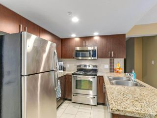 Photo 9: 708 200 KEARY STREET in New Westminster: Sapperton Condo for sale : MLS®# R2284751
