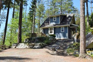 Photo 3: 13547 LEE ROAD in Garden Bay: Pender Harbour Egmont House for sale (Sunshine Coast)  : MLS®# R2264866