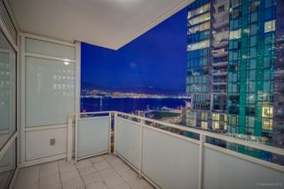 "Photo 15: 903 1139 W CORDOVA Street in Vancouver: Coal Harbour Condo for sale in ""HARBOUR GREEN TWO"" (Vancouver West)  : MLS®# R2411117"
