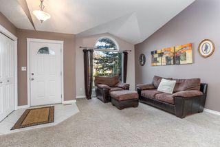 Photo 2: 954 BURROWS Crescent in Edmonton: Zone 14 House for sale : MLS®# E4180841