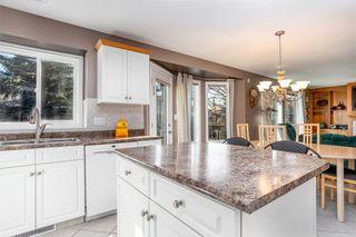 Photo 9: 954 BURROWS Crescent in Edmonton: Zone 14 House for sale : MLS®# E4180841