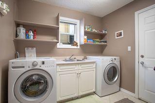 Photo 16: 954 BURROWS Crescent in Edmonton: Zone 14 House for sale : MLS®# E4180841