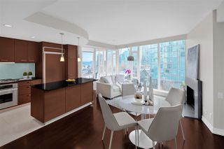 "Photo 2: 603 1925 ALBERNI Street in Vancouver: West End VW Condo for sale in ""Laguna Parkside"" (Vancouver West)  : MLS®# R2429740"