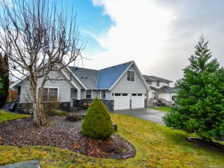 Photo 2: 2714 Eden St in CAMPBELL RIVER: CR Willow Point House for sale (Campbell River)  : MLS®# 831635