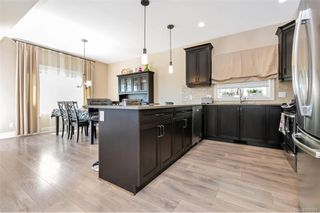 Photo 5: 1238 Bombardier Cres in Langford: La Westhills Single Family Detached for sale : MLS®# 840368
