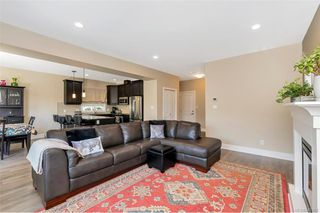 Photo 8: 1238 Bombardier Cres in Langford: La Westhills Single Family Detached for sale : MLS®# 840368
