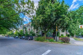 "Photo 30: 2782 VINE Street in Vancouver: Kitsilano Townhouse for sale in ""The Mozaiek"" (Vancouver West)  : MLS®# R2480099"