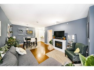 """Photo 5: 1707 280 ROSS Drive in New Westminster: Fraserview NW Condo for sale in """"THE CARLYLE"""" : MLS®# R2502203"""