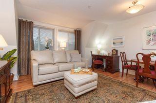 Photo 7: 411 4536 Viewmont Ave in : SW Royal Oak Condo for sale (Saanich West)  : MLS®# 860079