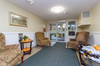 Photo 6: 411 4536 Viewmont Ave in : SW Royal Oak Condo for sale (Saanich West)  : MLS®# 860079