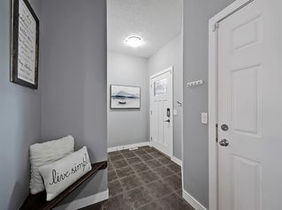 Photo 3: 1043 Kings Heights Road SE: Airdrie Detached for sale : MLS®# A1057366