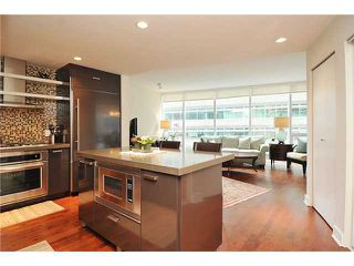 """Photo 4: 502 1277 MELVILLE Street in Vancouver: Coal Harbour Condo for sale in """"Flat Iron"""" (Vancouver West)  : MLS®# V931802"""