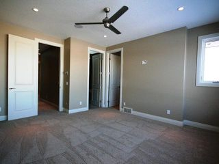 Photo 9: 2233 28 Avenue SW in CALGARY: Richmond Park Knobhl Residential Attached for sale (Calgary)  : MLS®# C3508610