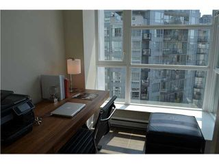 "Photo 5: 1206 1205 HOWE Street in Vancouver: Downtown VW Condo for sale in ""ALTO"" (Vancouver West)  : MLS®# V957555"