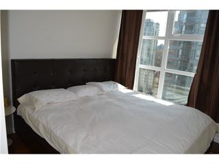 "Photo 8: 1206 1205 HOWE Street in Vancouver: Downtown VW Condo for sale in ""ALTO"" (Vancouver West)  : MLS®# V957555"
