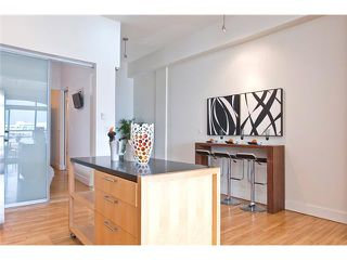 """Photo 4: 208 345 WATER Street in Vancouver: Downtown VW Condo for sale in """"GREENSHIELDS BUILDING"""" (Vancouver West)  : MLS®# V958365"""
