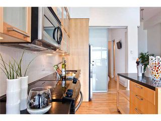 """Photo 3: 208 345 WATER Street in Vancouver: Downtown VW Condo for sale in """"GREENSHIELDS BUILDING"""" (Vancouver West)  : MLS®# V958365"""