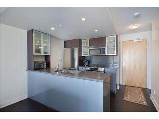 """Photo 4: 802 7080 NO 3 Road in Richmond: Brighouse South Condo for sale in """"Centro"""" : MLS®# V982440"""