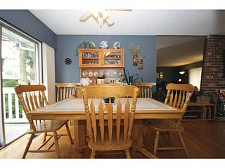 "Photo 5: 5125 MASSEY Place in Ladner: Ladner Elementary House for sale in ""LADNER ELEMENTARY"" : MLS®# V995377"