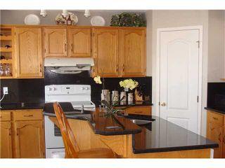 Photo 8: 96 SAN DIEGO Green NE in CALGARY: Monterey Park Residential Detached Single Family for sale (Calgary)  : MLS®# C3559541