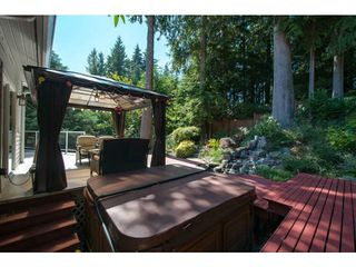Photo 18: 5615 HONEYSUCKLE Place in North Vancouver: Grouse Woods House for sale : MLS®# V1078891