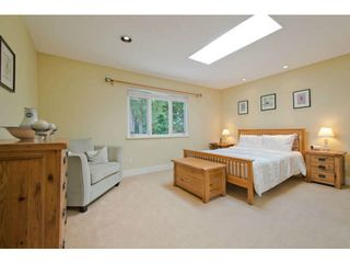 Photo 13: 5615 HONEYSUCKLE Place in North Vancouver: Grouse Woods House for sale : MLS®# V1078891