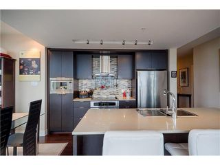 Photo 2: 1604 1320 Chesterfield Avenue in North Vancouver: Central Lonsdale Condo for sale : MLS®# V1035502