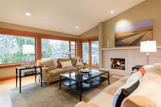 Photo 2: 2373 Lawson Ave in West Vancouver: Dundarave House for sale : MLS®# R2012962