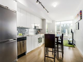 Photo 3: 307 2788 PRINCE EDWARD STREET in Vancouver: Mount Pleasant VE Condo for sale (Vancouver East)  : MLS®# R2046304