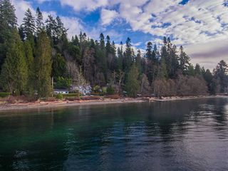 Photo 19: 1774 OCEAN BEACH ESPLANADE in Gibsons: Gibsons & Area House for sale (Sunshine Coast)  : MLS®# R2261367