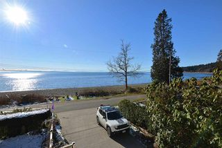 Photo 15: 1774 OCEAN BEACH ESPLANADE in Gibsons: Gibsons & Area House for sale (Sunshine Coast)  : MLS®# R2261367